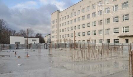 Новоград-Волинська міська рада готова співфінансувати будівництво хірургічного корпусу, фото-1