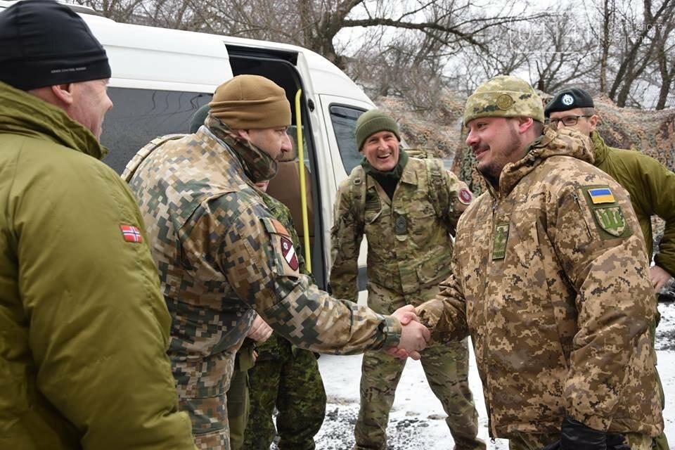 До новоградської 30-ї бригади завітала іноземна делегація, фото-1