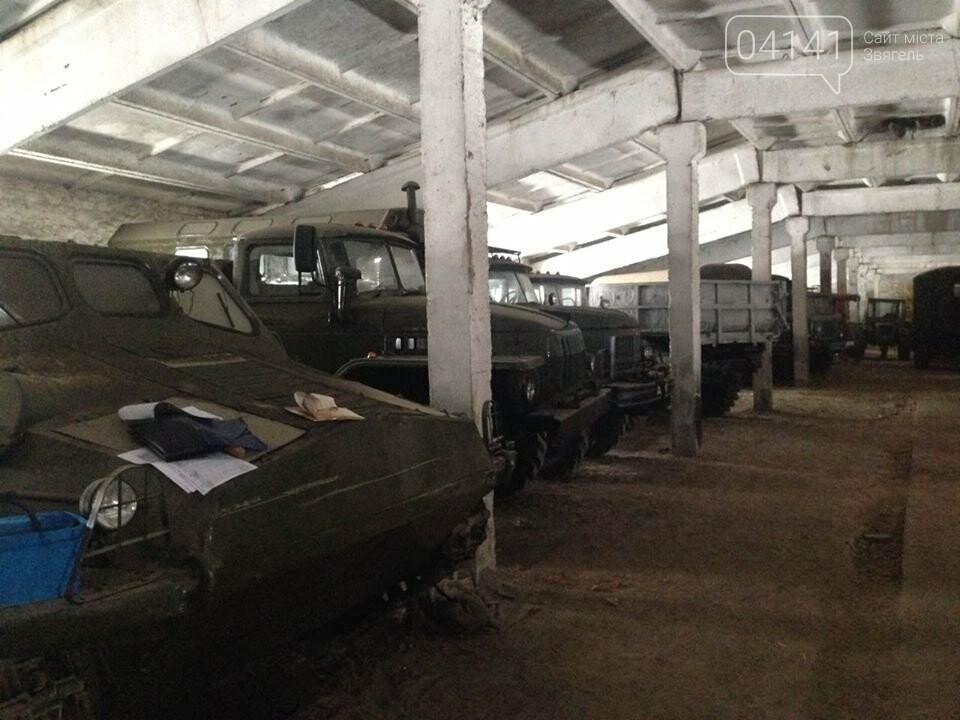 Кому війна, кому мати рідна: У Новоград-Волинському районі виявили незаконні склади військової техніки підготовленої для продажу, фото-2