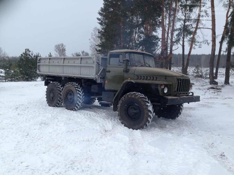Кому війна, кому мати рідна: У Новоград-Волинському районі виявили незаконні склади військової техніки підготовленої для продажу, фото-6