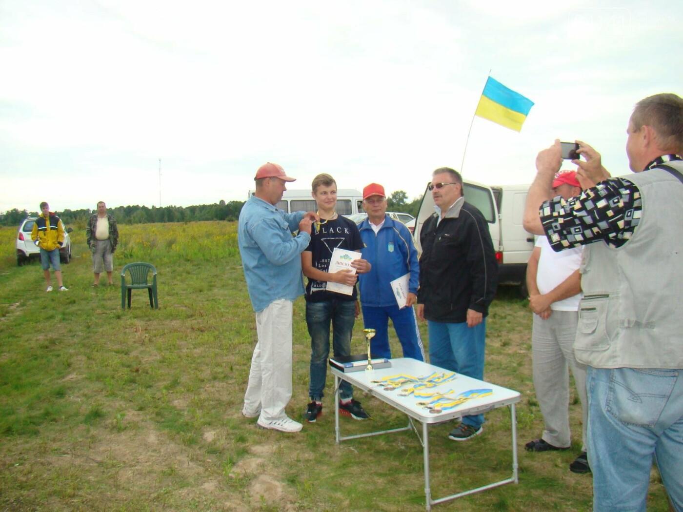 Закохані в небо: Новоградські авіамоделісти стурбовані щодо свого майбутнього, фото-2