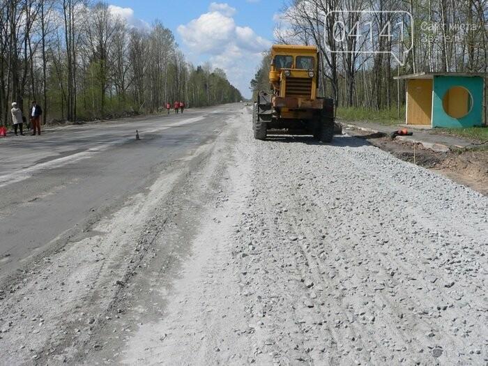 Дорожники звітують про продовження ремонтних робіт на горезвісному автошляху Р-49 Васьковичі - Шепетівка, фото-1