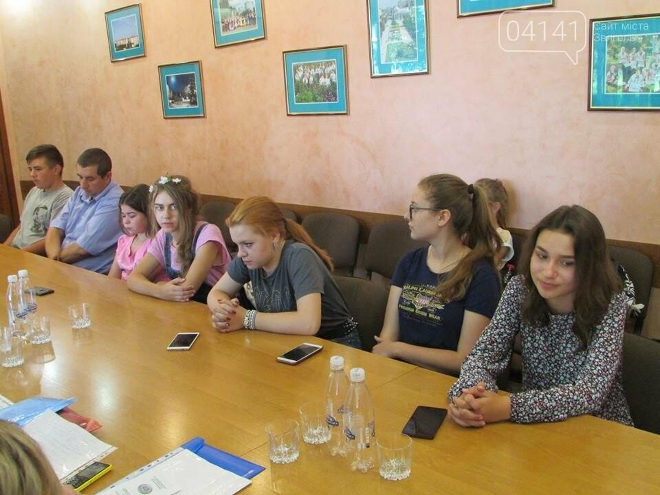 Команда учнів з міста Новограда-Волинського представлятиме Україну на міжнародному рівні, фото-2