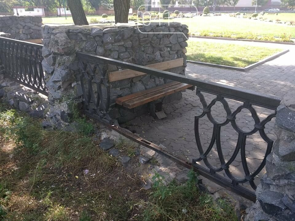 Чи безпечно відпочивати на фортеці в Новограді-Волинському? І чому?, фото-1