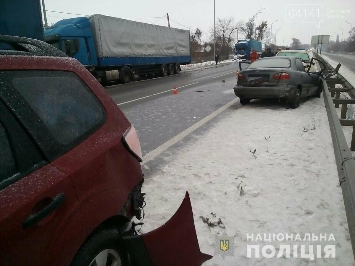 Смертельна ДТП в Новоград-Волинському районі забрала життя молодого хлопця, фото-1
