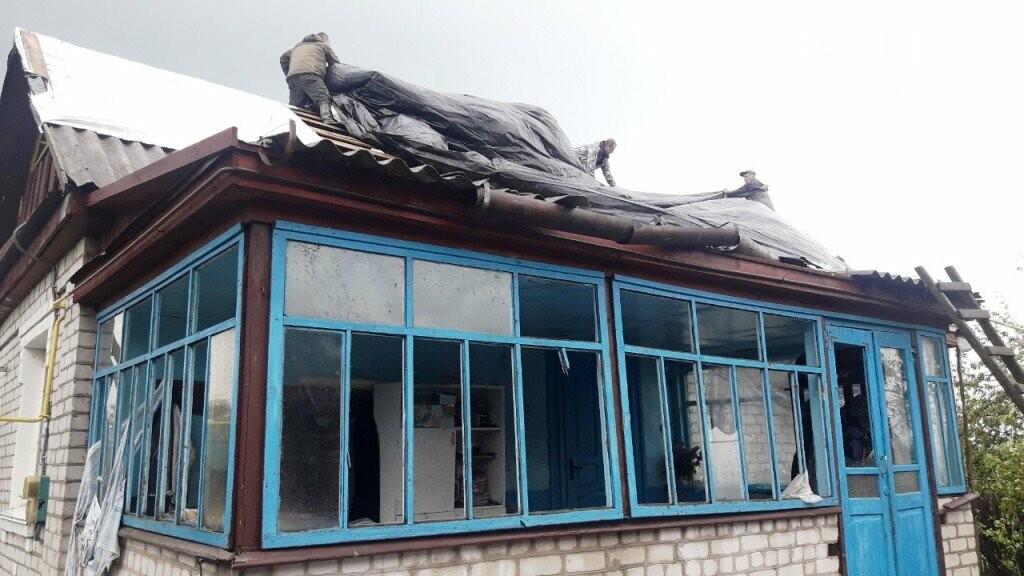 Наслідки буревію рятувальники ліквідовують в Новоград-Волинському районі, фото-2