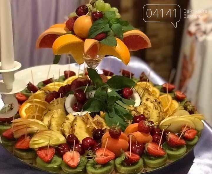 Знайомтеся, це Анна з Новограду - майстриня, яка створює неймовірні фруктові букети, фото-6