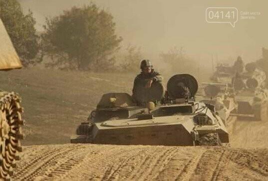 Військові єгеря удосконалювали навички водіння гусеничної техніки (ФОТО), фото-2