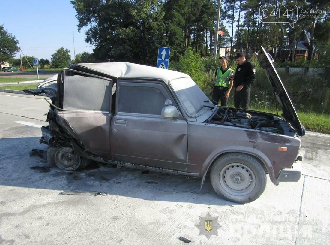 На Житомирщині внаслідок ДТП вибухнув автомобіль, здетонувала газова установка (ФОТО), фото-1