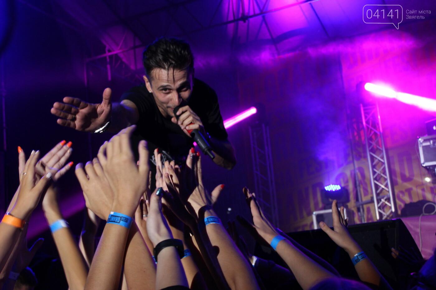 ХАС зібрав у Новограді перший в Україні стадіонний україномовний хіп-хоп концерт (ФОТО, ВІДЕО), фото-20