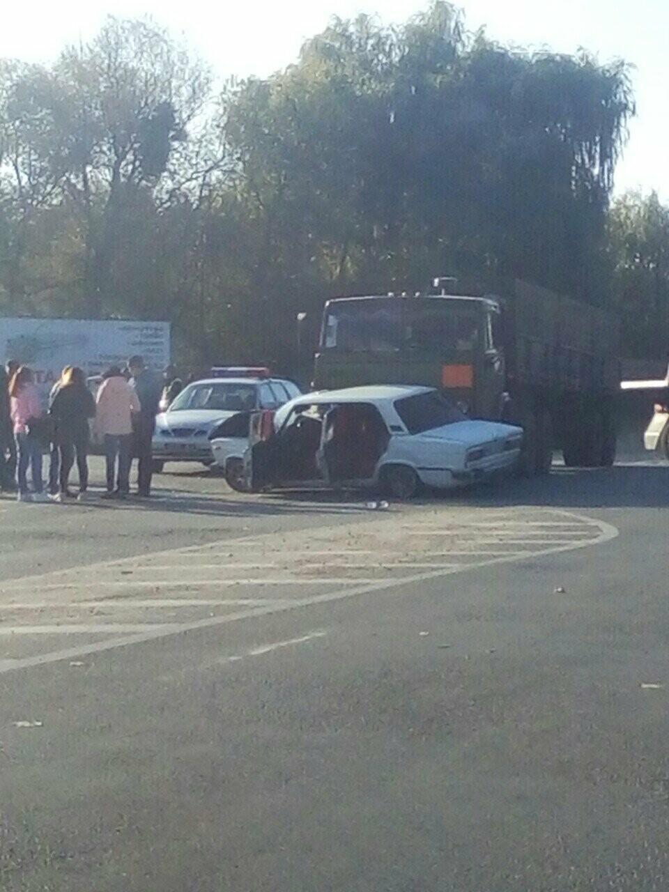 У Новограді-Волинському сталася ДТП за участю військової техніки (ФОТО ПРИГОДИ), фото-3