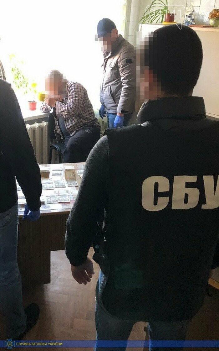 Медика військово-лікарської комісії Житомирщини затримали на вимаганні грошей , фото-1