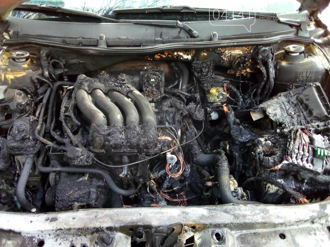 У Новограді під час руху загорівся автомобіль: Фото наслідків пожежі, фото-2