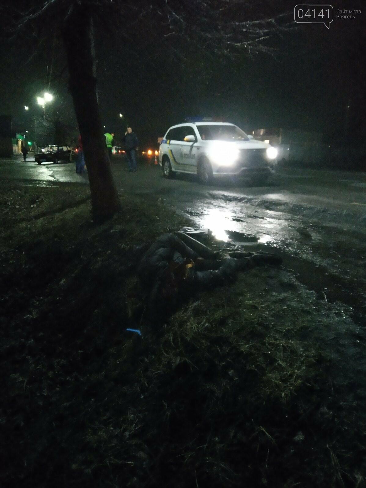 У Новограді водій збив насмерть хлопця та втік з місця пригоди (ФОТО, ВІДЕО з місця ДТП), фото-4