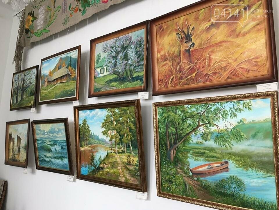 У краєзнавчому музеї проходить виставка картин В'ячеслава Пилипенко із Городниці, фото-2