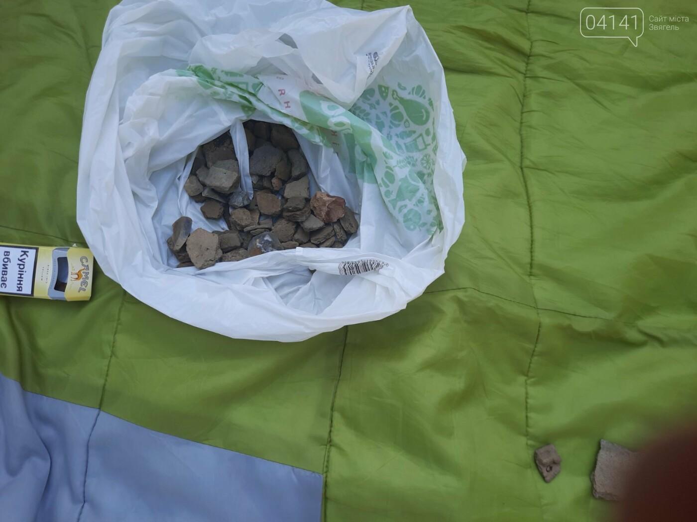 Залишки давнього поселення бронзової доби виявили на Новоград-Волинщині , фото-7