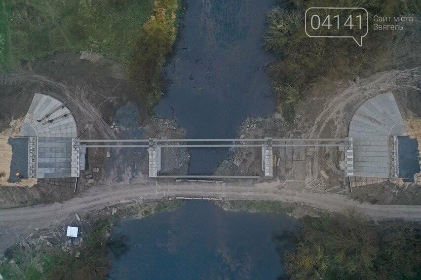 """Будівництво """"Чижівського мосту"""": Видовищні фото з висоти пташиного польоту, фото-2"""
