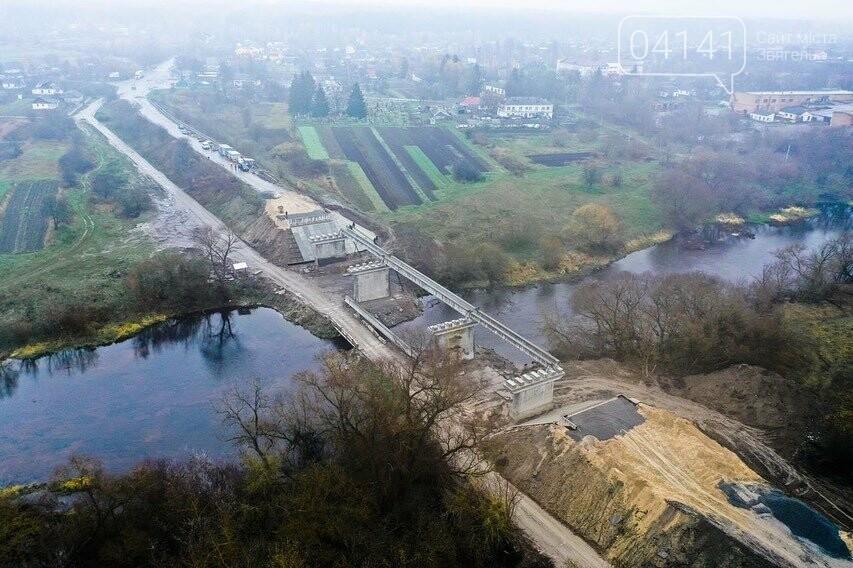 """Будівництво """"Чижівського мосту"""": Видовищні фото з висоти пташиного польоту, фото-1"""