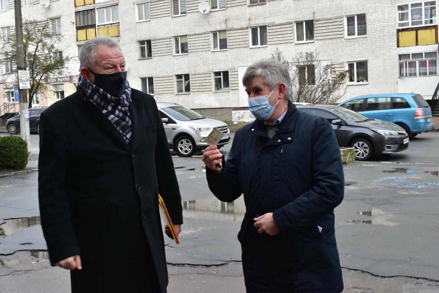 """Реанімобіль """"Mercedes-Benz"""" подарували Новограду-Волинському від благодійного фонду «Рідне Полісся», фото-2"""
