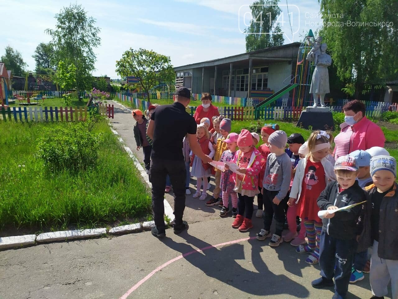 Рятувальники Новоград-Волинщини дітей привчають до безпечної повіедінки , фото-4