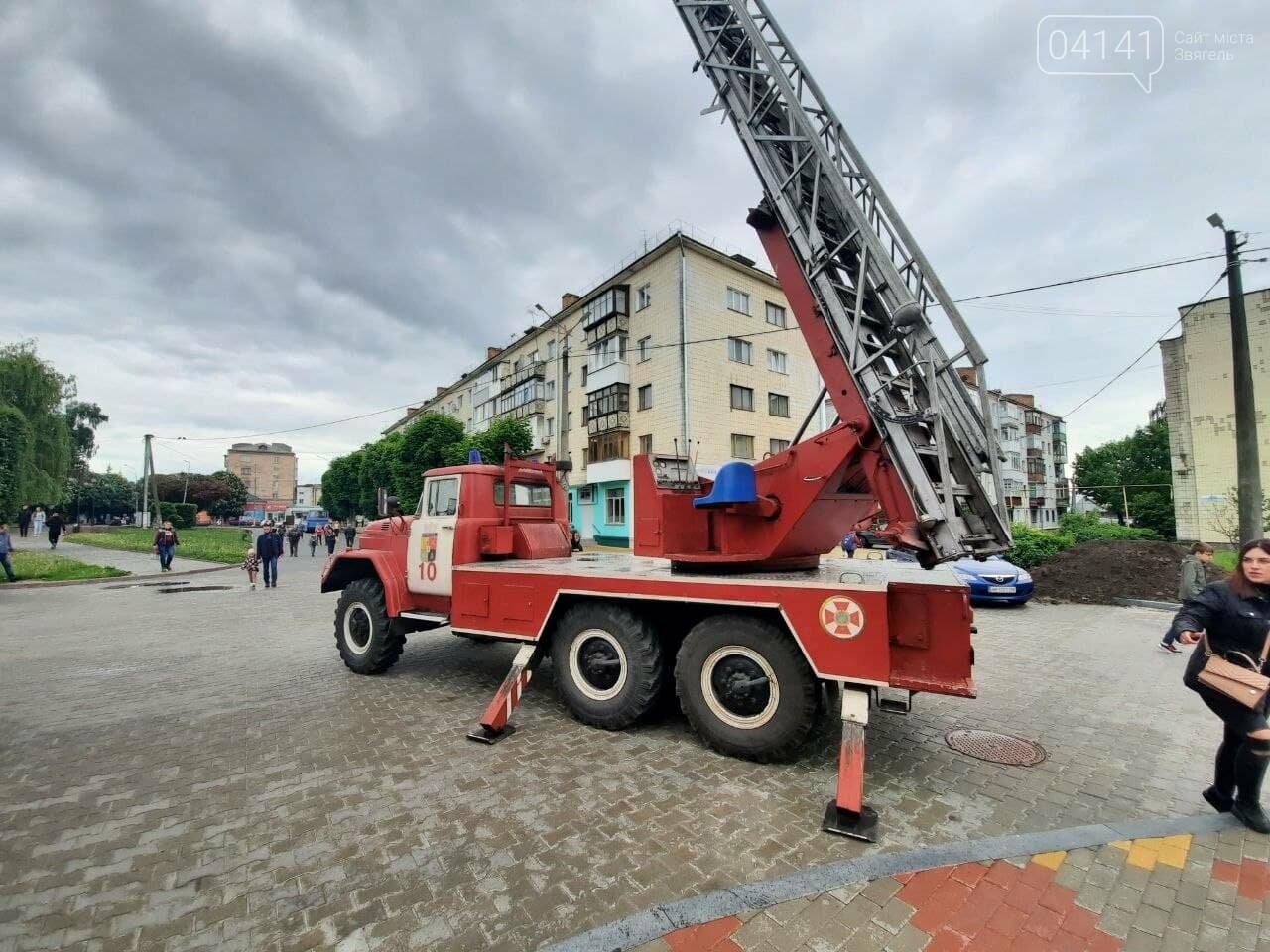 Екстрені служби Новограда провели ярмарок професій, фото-2