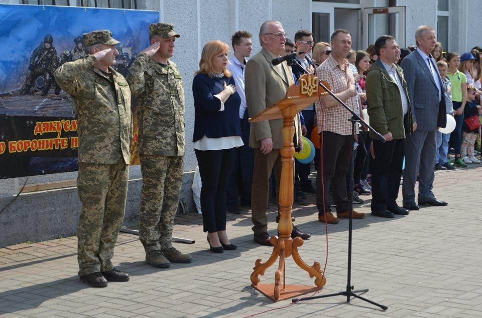 Бійці 54-розвідбату з Новограда-Волинського вирушили в зону антитерористичної операції , фото-2