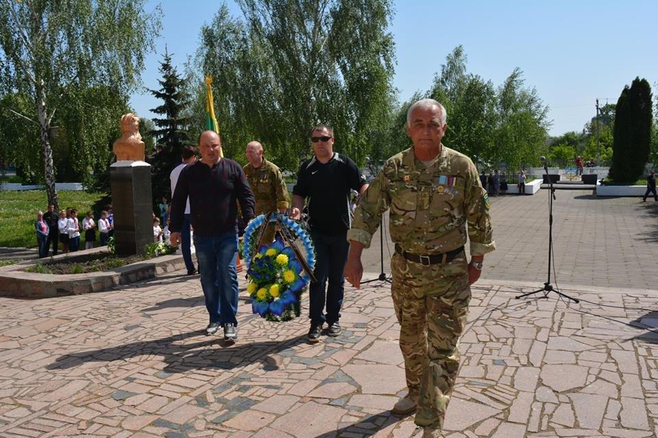 Меморіальну дошку Герою АТО відкрили в Орепах Новоград-Волинського району, фото-4