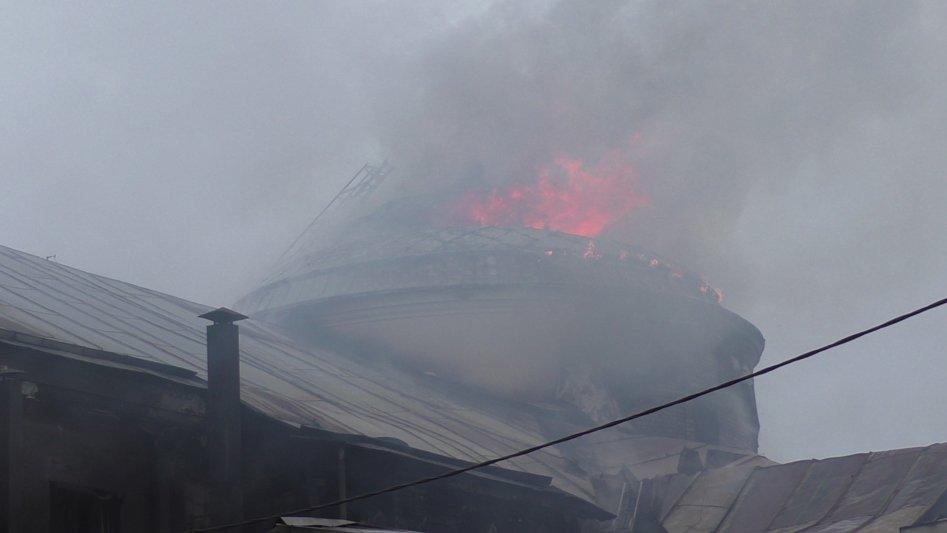 Подробиці пожежі у Новоград-Волинському молодіжному центрі, фото-3