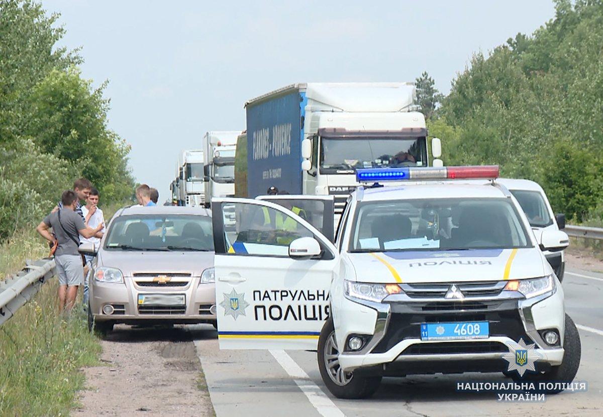 На Житомирщині перекинувся мікроавтобус з сумчанами, фото-2