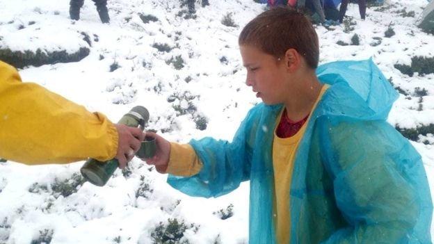 Карпати завалило червневим снігом, евакуюють дитячий табір (ФОТО), фото-2