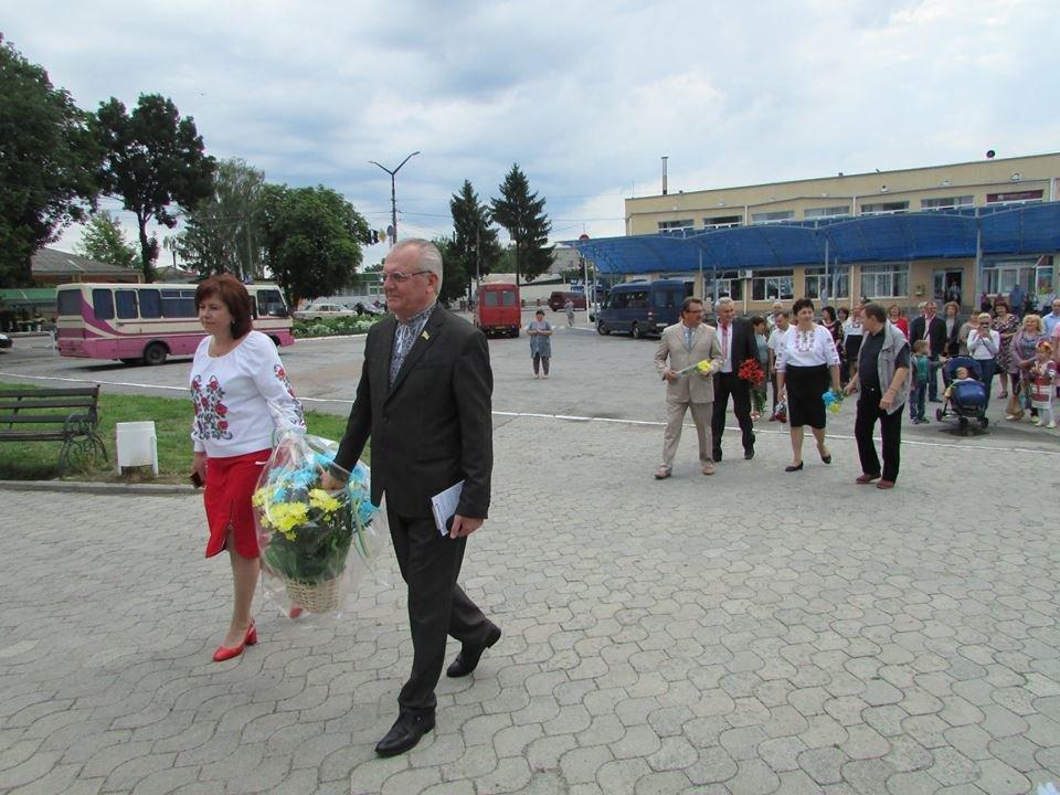 У Новограді-Волинському відзначили 22-у річницю Конституції України, фото-5