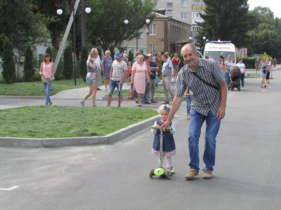 Перегони для найменших: у Новограді-Волинському відбувся дитячий велопробіг, фото-7