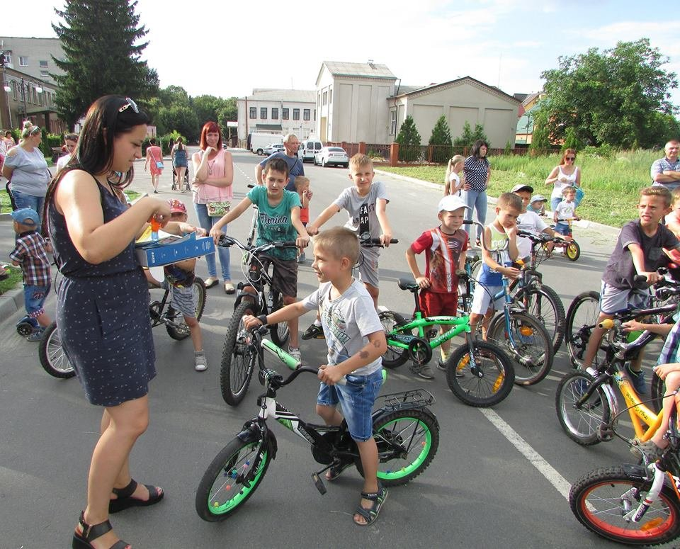 Перегони для найменших: у Новограді-Волинському відбувся дитячий велопробіг, фото-3