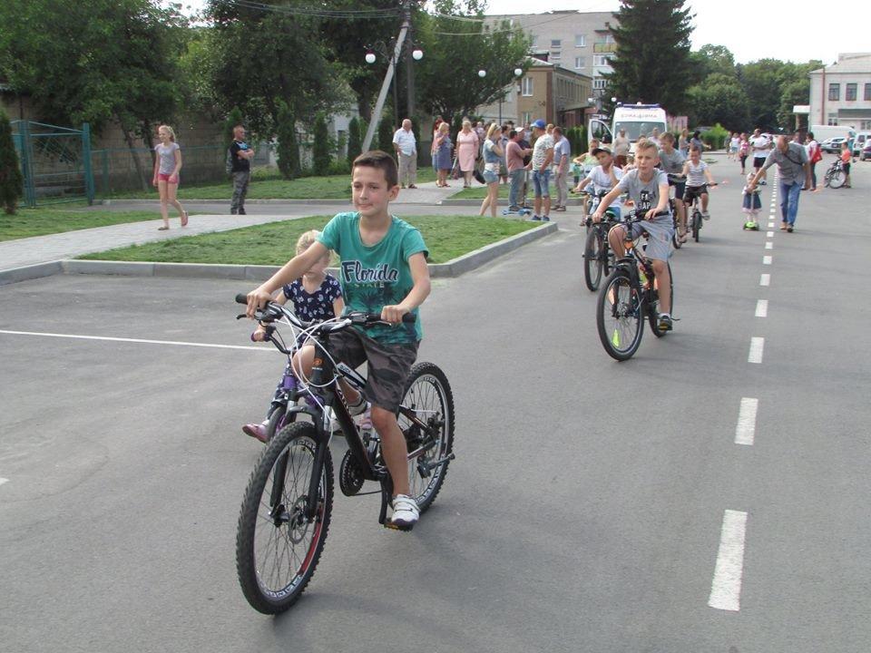 Перегони для найменших: у Новограді-Волинському відбувся дитячий велопробіг, фото-4