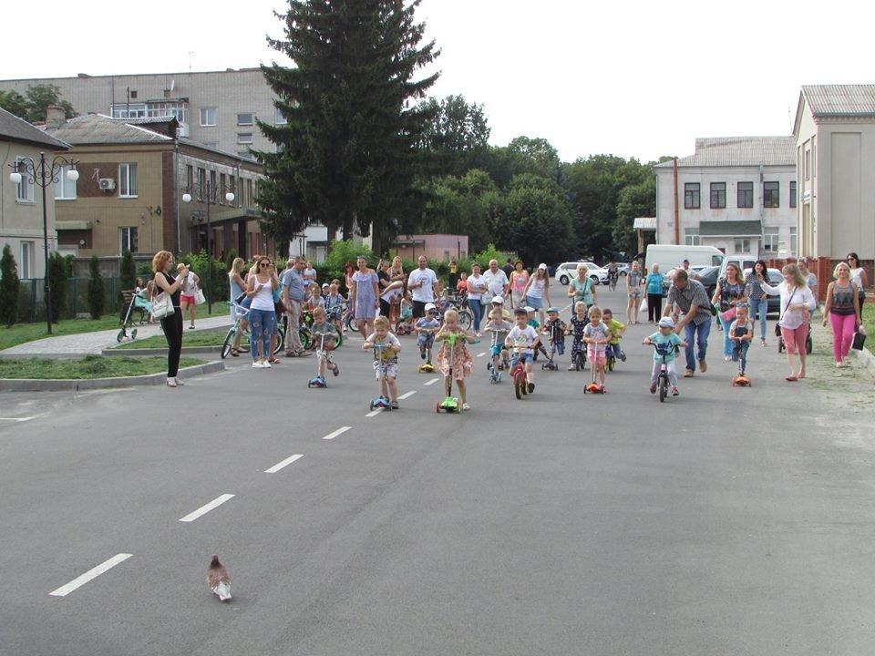 Перегони для найменших: у Новограді-Волинському відбувся дитячий велопробіг, фото-5