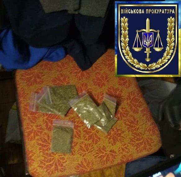 На Житомирщині затримали двох військових: вони продавали вибухівку із зони ООС (ФОТО), фото-4
