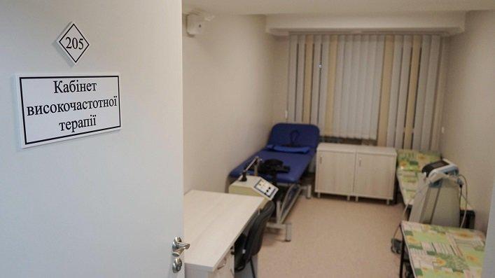 Найсучасніший в Україні заклад вертебрології із Центром реабілітації учасників АТО відкрили на Житомирщині, фото-3