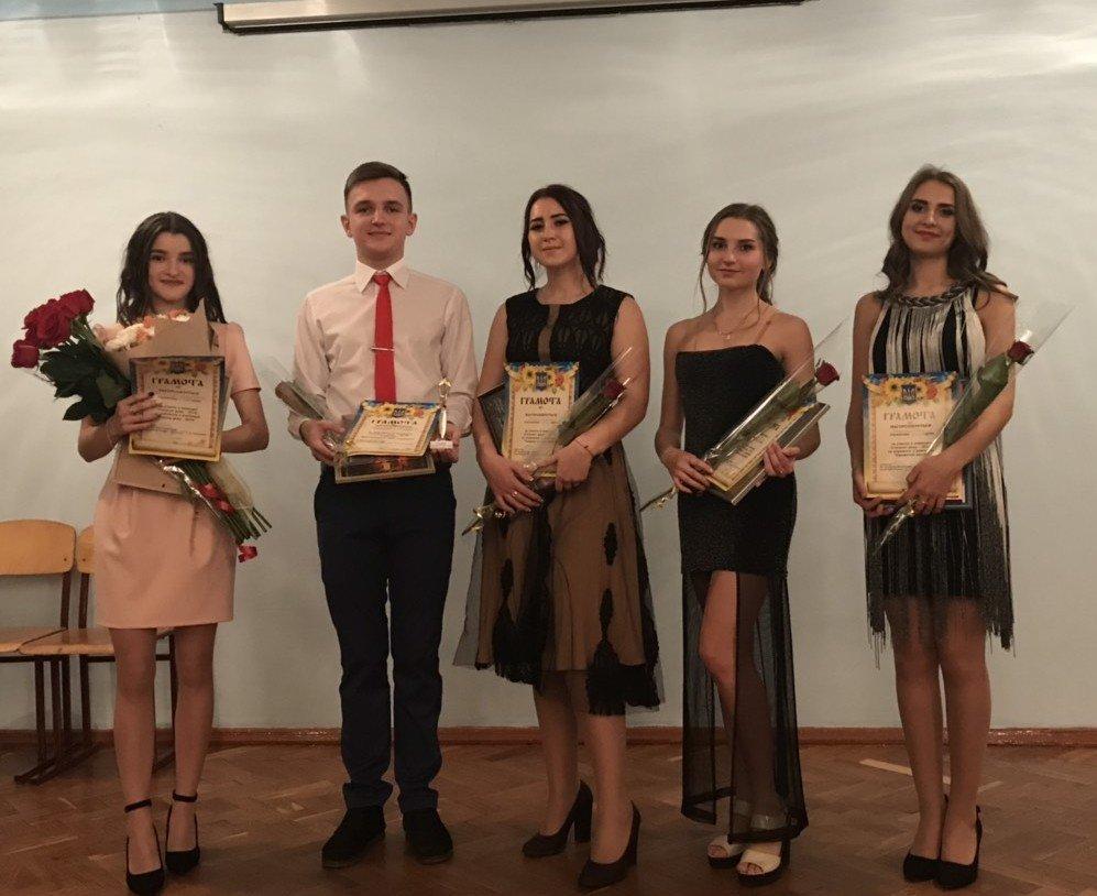 У Новоград-Волинському медичному коледжі відбувся конкурс «Студент року -2018», фото-2