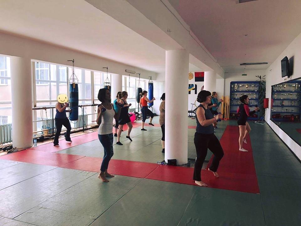 Хочеш бути здоровим та струнким?: Безкоштовні заняття з аеробіки в Новограді-Волинському , фото-1