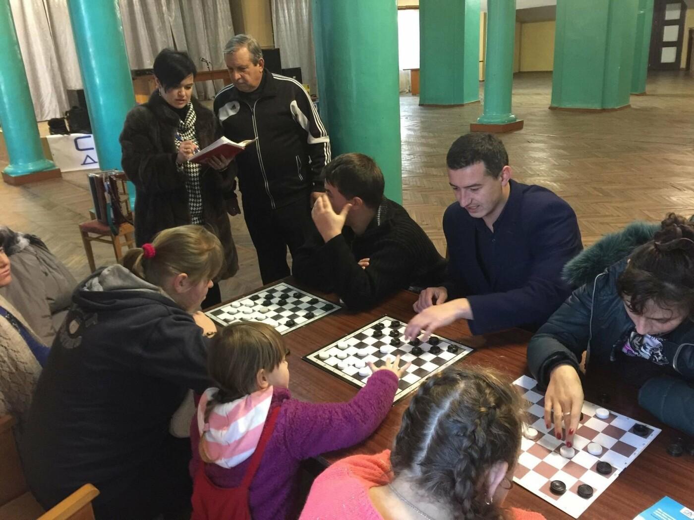 У Новограді-Волинському відбувся фізкультурно-оздоровчий захід до Міжнародного дня осіб з інвалідністю, фото-3