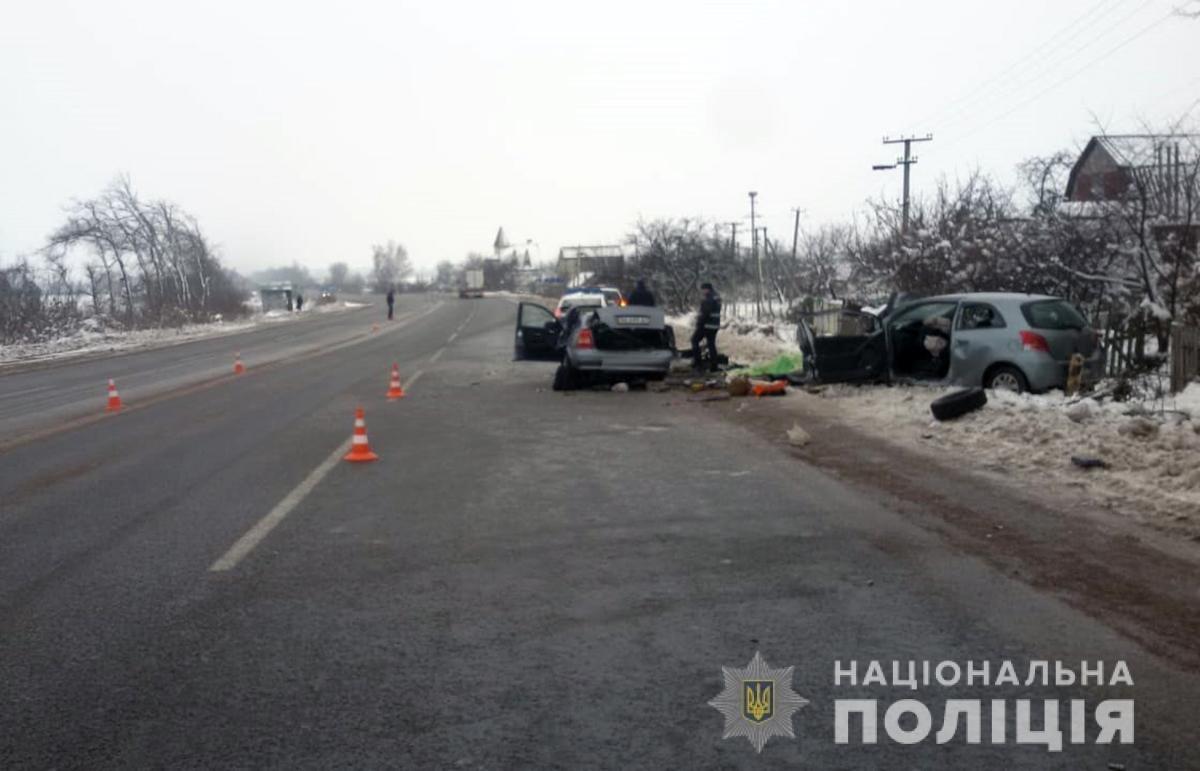 Троє загиблих, троє потерпілих, одна жінка з Новограда: Смертельне ДТП на Житомирщині, фото-3