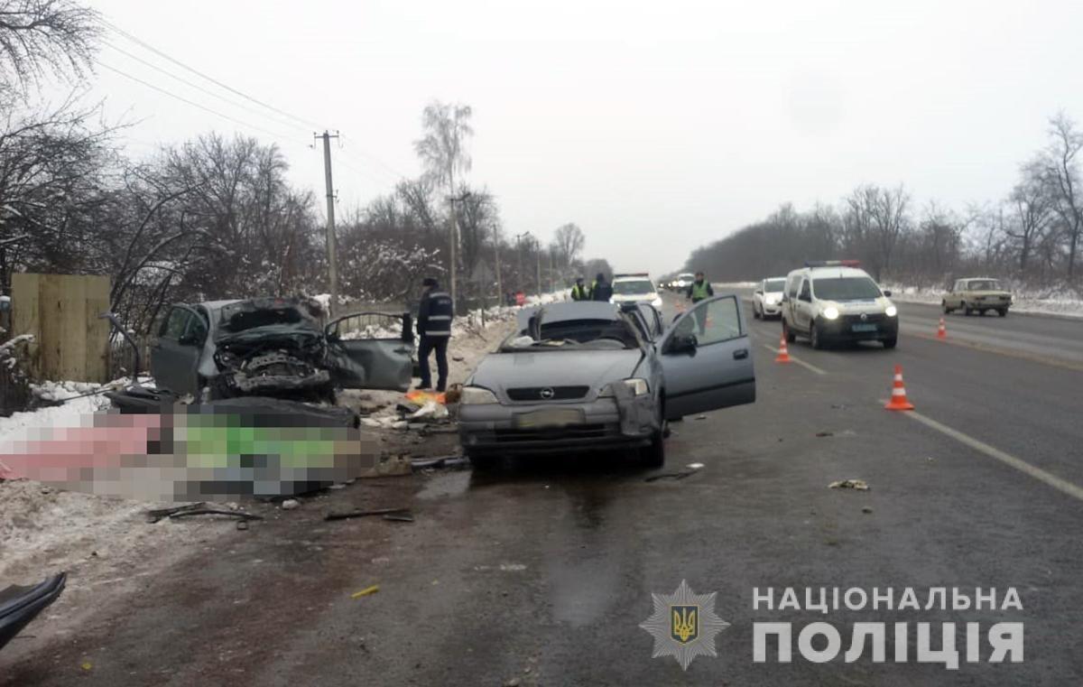 Троє загиблих, троє потерпілих, одна жінка з Новограда: Смертельне ДТП на Житомирщині, фото-2