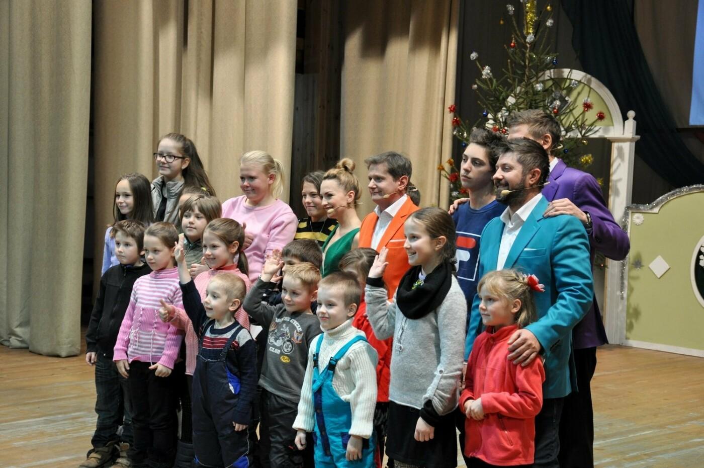 Двогодинне свято для дітей влаштувала команда «Дизель Шоу», фото-9