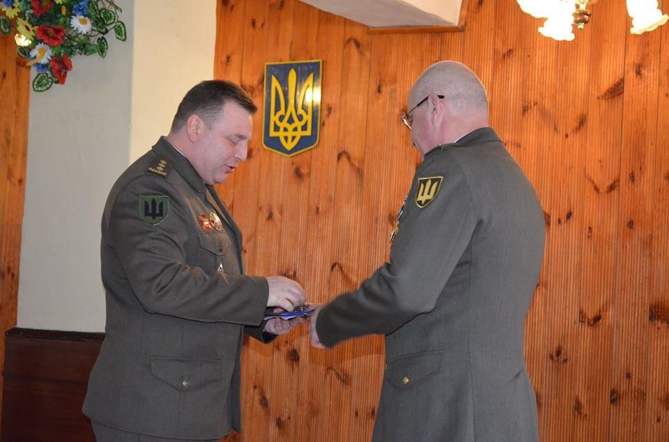 Командир військових інженерів з Новограда-Волинського пішов на заслужений відпочинок, фото-4
