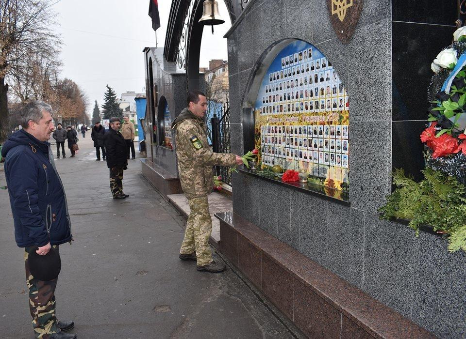 У Новограді-Волинському вшанували воїнів-афганців, фото-2