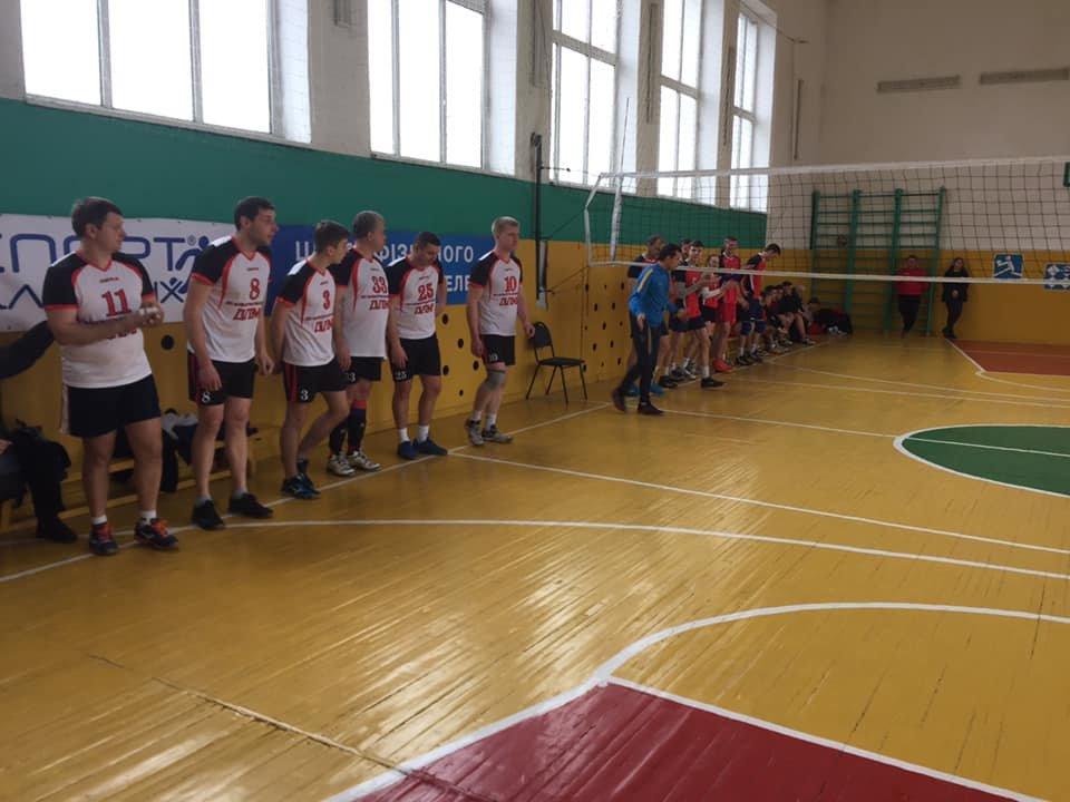 У Новограді-Волинському відбувся турнір з волейболу , фото-4