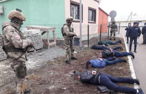 У Новограді-Волинському затримано масштабну банду вимагачів , фото-1