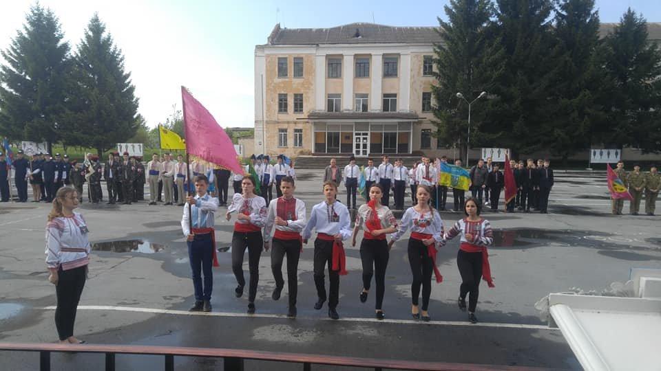 У Новограді-Волинському відбувся міський етап дитячо-юнацької військово-патріотичної гри «Сокіл» («Джура»), фото-1