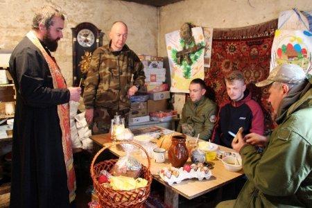 Миротворець - той, хто творить мир посеред війни, фото-12