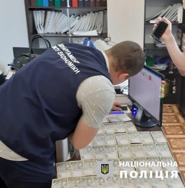 На хабарі попався заступник голови Баранівської міської ради (ФОТО, ВІДЕО), фото-5